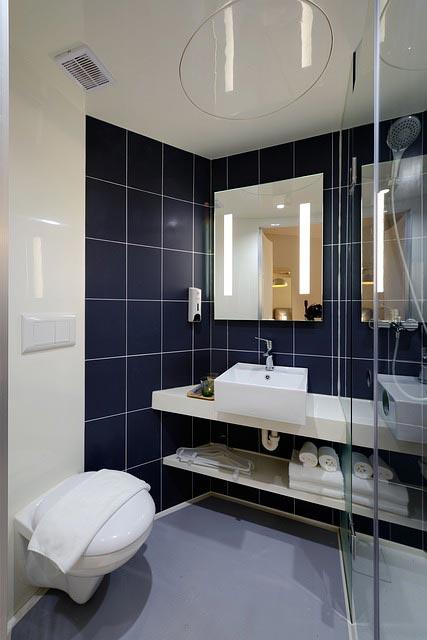ottimizzare gli spazi dei bagni piccoli? scopri come - costok - Immagini Di Bagni Moderni Piccoli