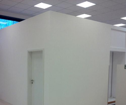 parete-in-cartongesso-e-luci