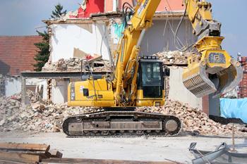 escavatore-per-demolizioni